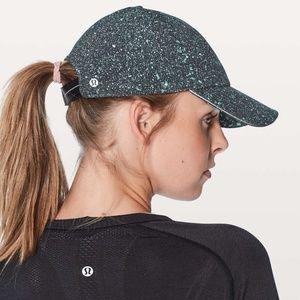Lululemon Baller Hat Run in Black & White